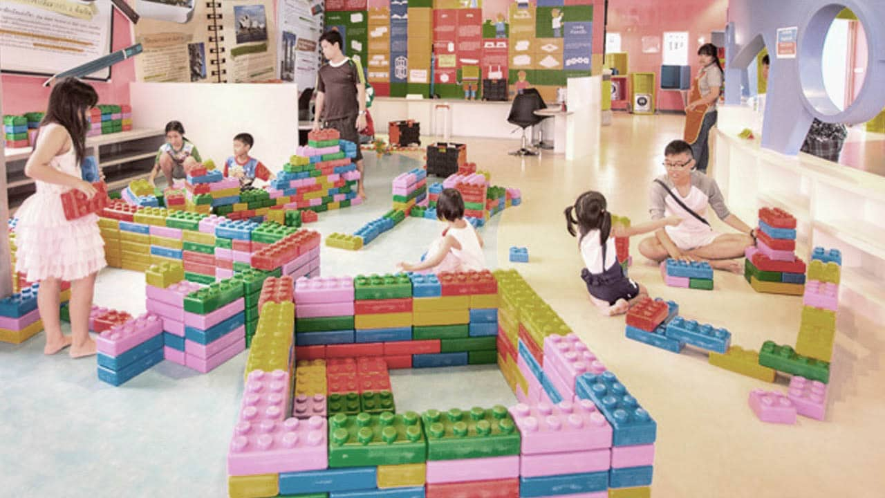 bangkok single parents Child custody law in thailand can be used to grant parents full or partial custody thailand child custody law background vadhana bangkok.