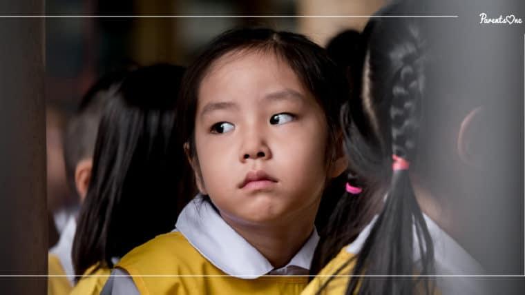 NEWS: พ่อแม่อย่ากังวลหากลูกไม่ยอมไปโรงเรียน แพทย์แนะให้รับมืออย่างใจเย็น