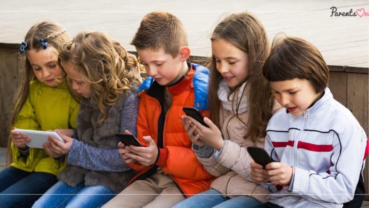 NEWS: ฝรั่งเศสออกกฎหมายแบนสมาร์ทโฟนในโรงเรียน