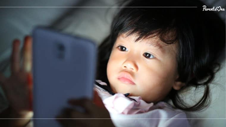 NEWS: เด็กอาจมีเปลือกสมองบางก่อนวัยอันควร หากให้เล่นมือถือเกินวันละ 7 ชั่วโมง