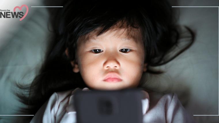 NEWS: เตือนภัยพ่อแม่ เด็ก 2 ขวบติดเล่นมือถือ ส่งผลให้สายตาสั้นถึง 900