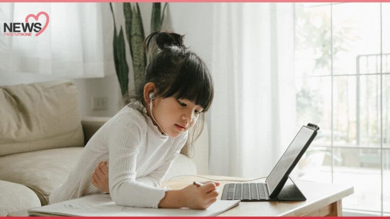 NEWS: พ่อแม่ต้องระวัง ลูกมีอาการตาล้า จากการเรียนออนไลน์