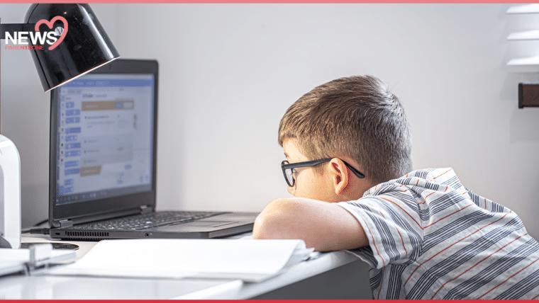 NEWS : โรงเรียนกรุงเทพคริสเตียนวิทยาลัย หยุดเรียนออนไลน์ 1 สัปดาห์ เพราะอยากให้นักเรียนพักผ่อน และผ่อนคลายความเครียด